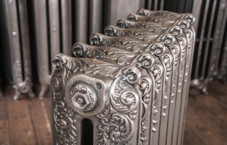 Beeston Double Column Decorated Cast Iron Radiator 965mm High & 190mm Deep in Polish