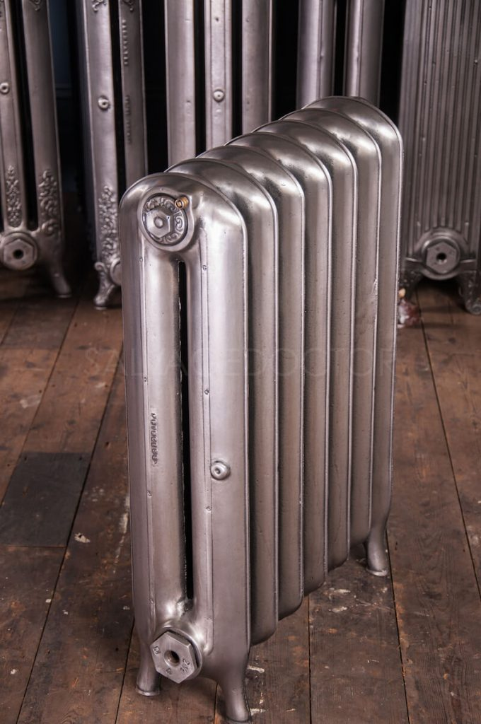 Beeston Double Column (190mm deep) Cast Iron Radiator 760mm High in Polish