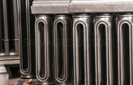 Church Style Cast Iron Radiator 400mm High, 100mm Deep & 1600mm long in Polish