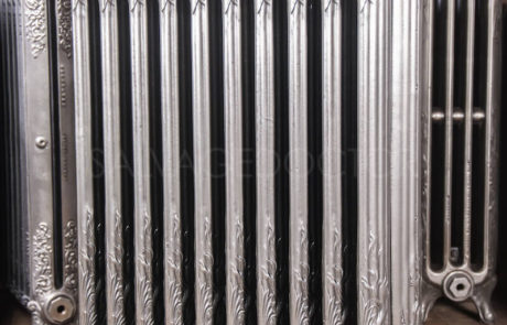 Decorative Cast Iron Radiator (maker unknown) 985mm High & 205mm Deep in Polish