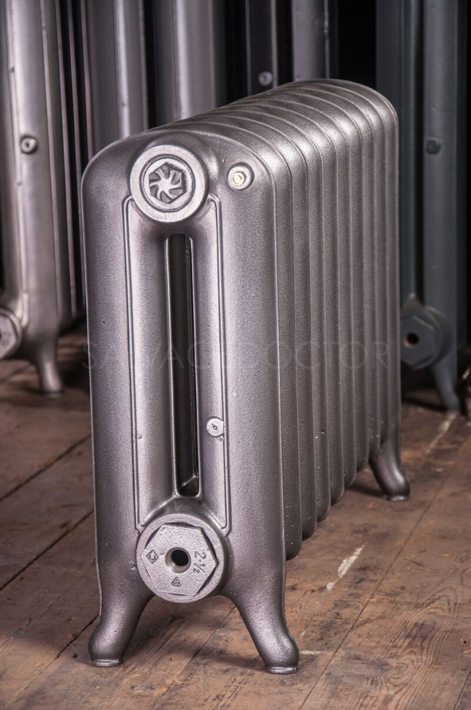National Radiator Company (NRC) Double Column Princess Cast Iron Radiator 190mm Deep & 508mm High in Old Gun