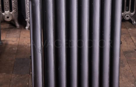 Beeston Single Column Duchess (140mm deep) Cast Iron Radiator 925mm High in Low Sheen Black